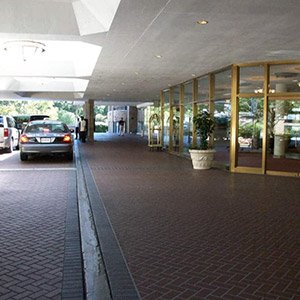 Driveway at the Omni Shoreham Hotel in Washington D.C.